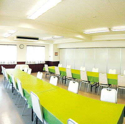 管理棟内にある会食室